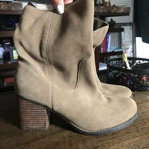 Gray Steve Madden boots